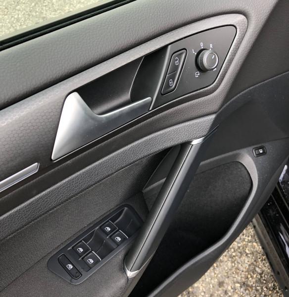 Volkswagen Golf VII Golf Hybride Rechargeable 1.4 TSI 204 DSG6 GTE 5p Noir occasion à Grésy-sur-Aix - photo n°14