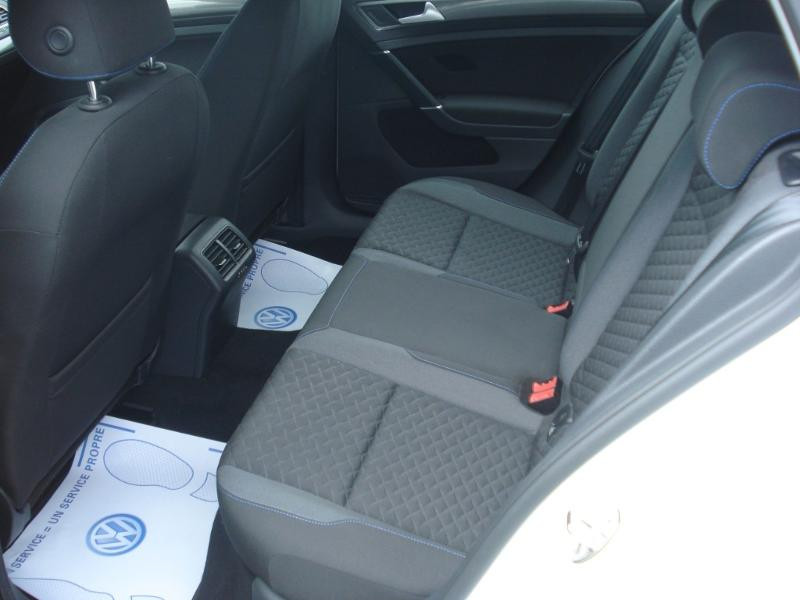Volkswagen Golf 1.0 TSI 115ch Connect Euro6d-T 5p Blanc occasion à Aurillac - photo n°20