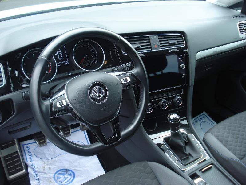 Volkswagen Golf 1.0 TSI 115ch Connect Euro6d-T 5p Blanc occasion à Aurillac - photo n°16
