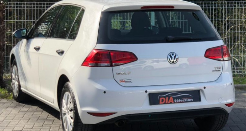 Volkswagen Golf 1.6 TDI 105CH BLUEMOTION TECHNOLOGY FAP TRENDLINE 5P Blanc occasion à COLMAR - photo n°2