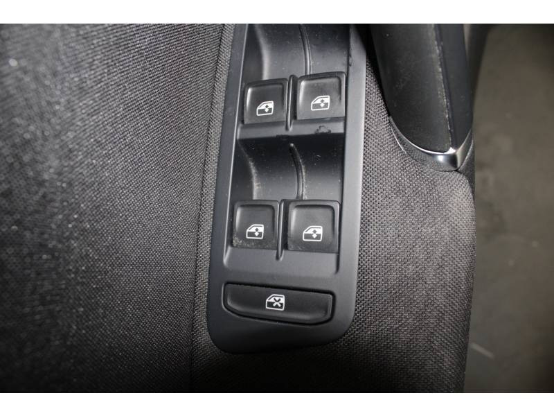 Volkswagen Golf 1.6 TDI 110 BlueMotion Technology FAP MATCH  occasion à TARBES - photo n°6