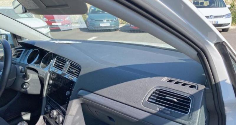 Volkswagen Golf 1.6 TDI 115ch FAP Confortline 5p Blanc occasion à La Rochelle - photo n°6