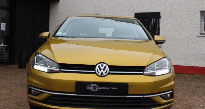 Volkswagen Golf 110ch BlueMotion Technology Sound Jaune occasion à COIGNIERES - photo n°2