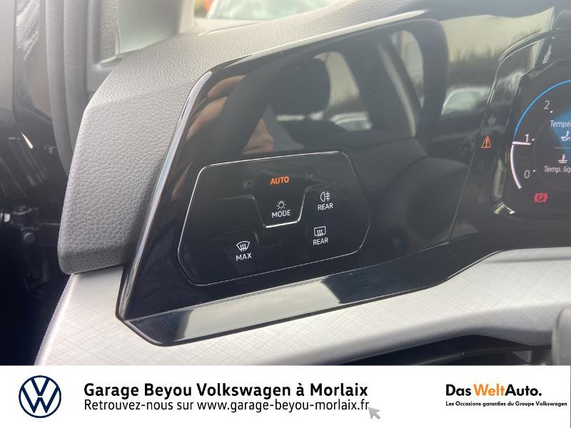 Volkswagen Golf 2.0 TDI SCR 115ch Life 1st Noir occasion à Morlaix - photo n°19