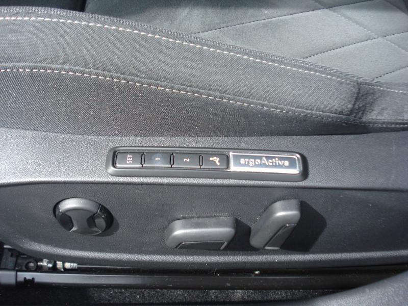 Volkswagen Golf 2.0 TDI SCR 150ch Style 1st DSG7 Gris occasion à Aurillac - photo n°10