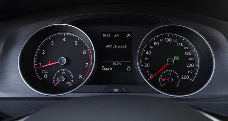 Volkswagen Golf VII 1.2 TSI 105 BLUEMOTION TECHNOLOGY CONFORTLINE DSG7 5P Blanc occasion à Chambourcy - photo n°5