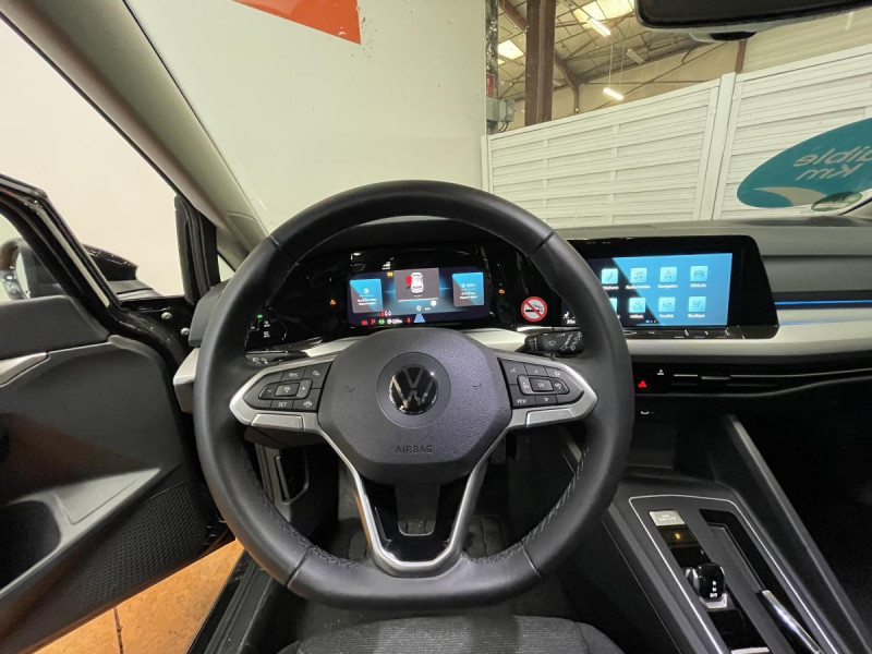 Volkswagen Golf VIII 2.0 TDI 150CH DSG 7 CONNECT GPS Noir occasion à Labège - photo n°6