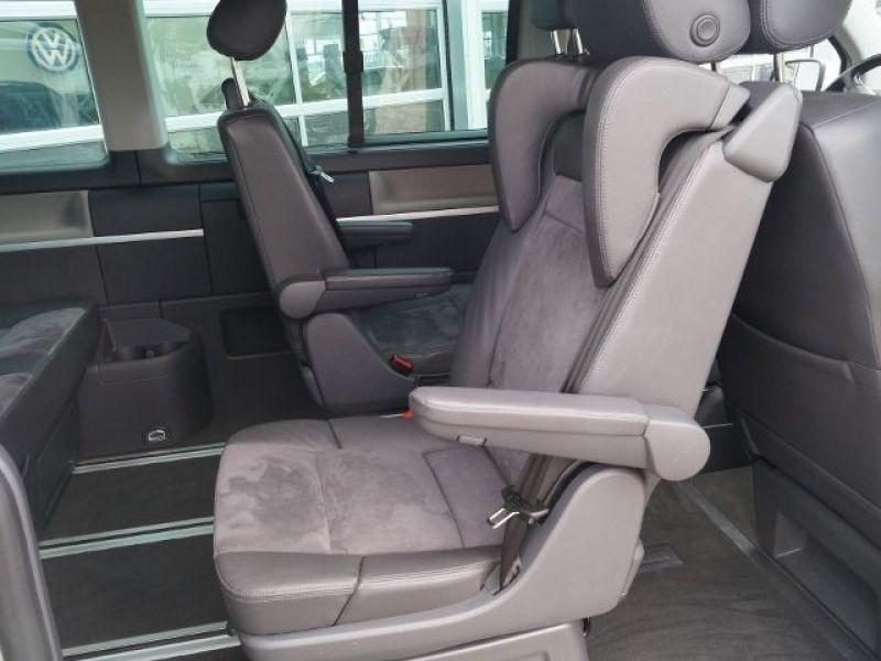 Volkswagen Multivan T5 2.0 TDI 180 ch Blanc occasion à Beaupuy - photo n°4