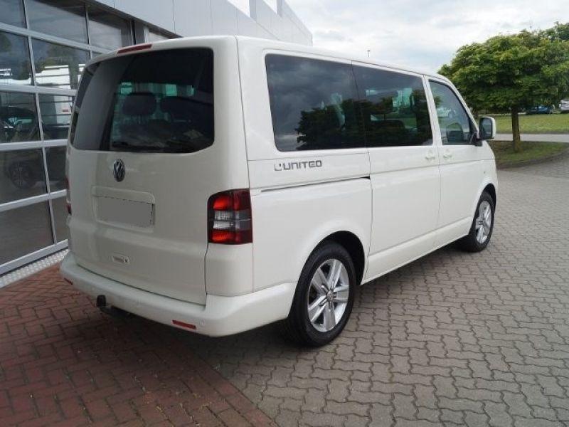 Volkswagen Multivan T5 2.0 TDI 180 ch Blanc occasion à Beaupuy - photo n°2
