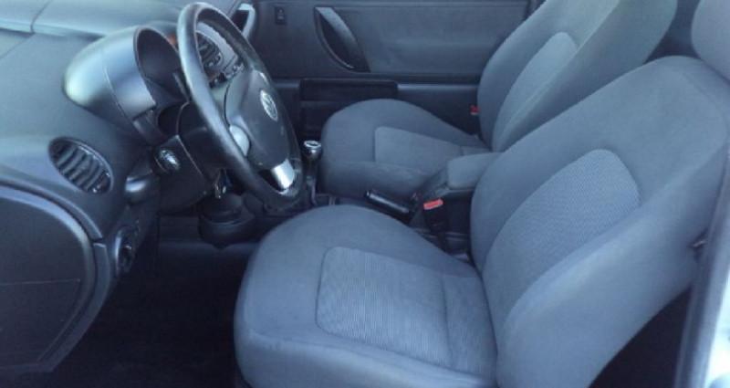 Volkswagen New Beetle 1.9 TDI 100 CV Gris occasion à Saint Parres Aux Tertres - photo n°6