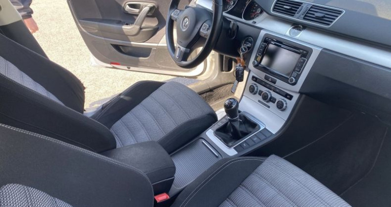 Volkswagen Passat CC 2.0 TDI 140CH BLUEMOTION TECHNOLOGY FAP Blanc occasion à VOREPPE - photo n°4