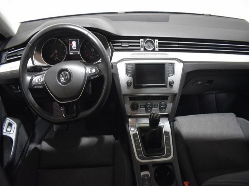 Volkswagen Passat SW 2.0 TDI 150 ch Bleu occasion à Beaupuy - photo n°3
