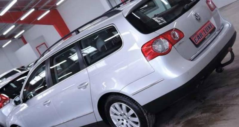 Volkswagen Passat V 1.6 TDI 1O5CV BLUEMOTION GRAND GPS CLIM JANTES Gris occasion à Sombreffe - photo n°2