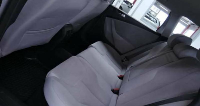 Volkswagen Passat V 1.6 TDI 1O5CV BLUEMOTION GRAND GPS CLIM JANTES Gris occasion à Sombreffe - photo n°4
