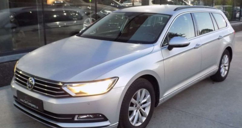 Volkswagen Passat V 2.0 CR TDi 150PK COMFORTL - DSG - CAMERA - TREKHAAK Gris occasion à Hooglede