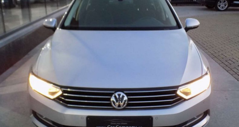 Volkswagen Passat V 2.0 CR TDi 150PK COMFORTL - DSG - CAMERA - TREKHAAK Gris occasion à Hooglede - photo n°2