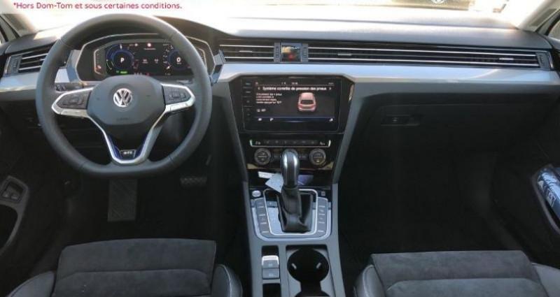 Volkswagen Passat 1.4 TSI 218ch Hybride Rechargeable GTE DSG6 Blanc occasion à La Rochelle - photo n°6