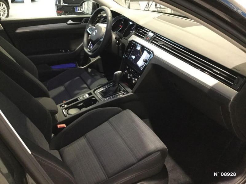 Volkswagen Passat 2.0 TDI EVO 150ch Business DSG7 Gris occasion à Saint-Quentin - photo n°5