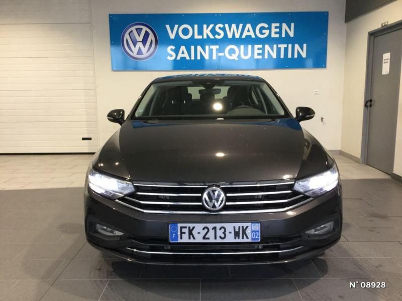 Volkswagen Passat 2.0 TDI EVO 150ch Business DSG7 Gris occasion à Saint-Quentin - photo n°2