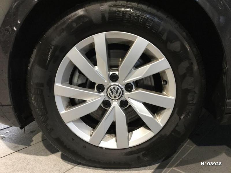Volkswagen Passat 2.0 TDI EVO 150ch Business DSG7 Gris occasion à Saint-Quentin - photo n°9