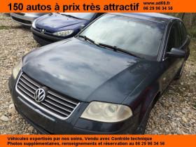 Volkswagen Passat Gris, garage VOITURE PAS CHERE RHONE ALPES à Saint-Bonnet-de-Mure