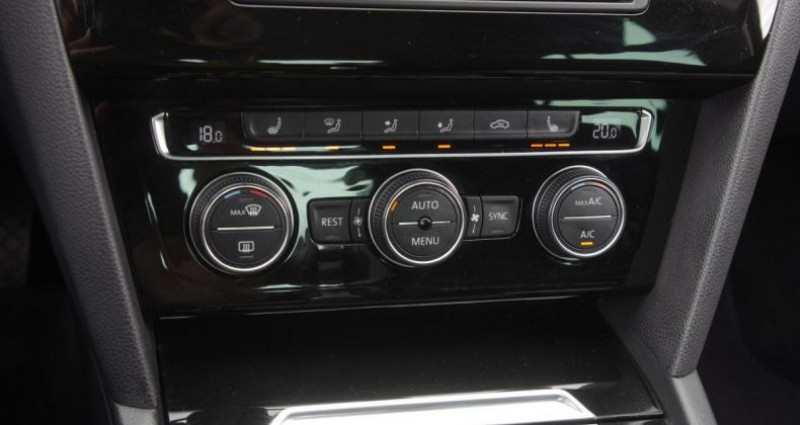 Volkswagen Passat VIII 1.6 TDI 120 BLUEMOTION TECHNOLOGY CARAT DSG7 Noir occasion à Chambourcy - photo n°7
