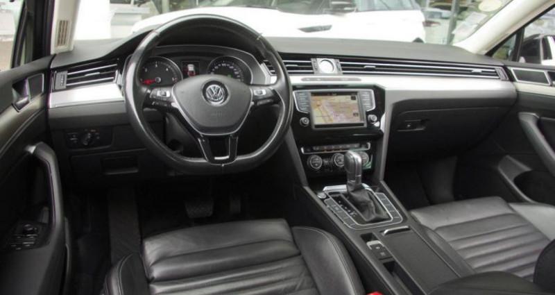 Volkswagen Passat VIII 1.6 TDI 120 BLUEMOTION TECHNOLOGY CARAT DSG7 Noir occasion à Chambourcy - photo n°2