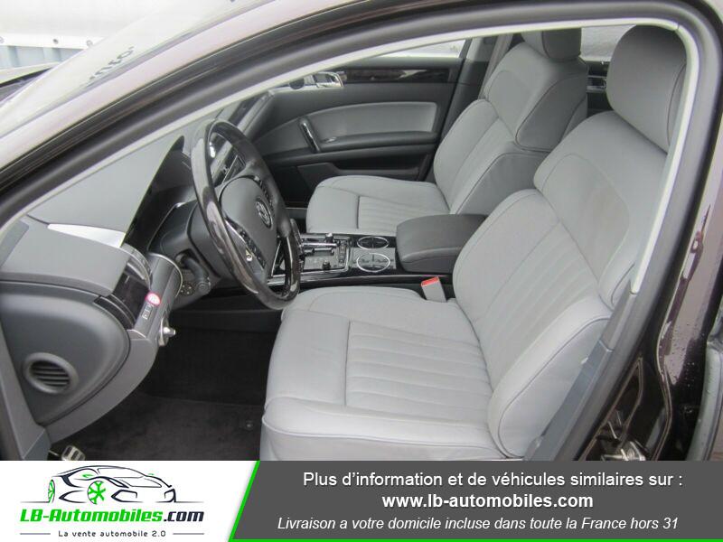 Volkswagen Phaeton 3.0 V6 TDI 245 FAP / 4Motion Tiptronic A Violet occasion à Beaupuy - photo n°4