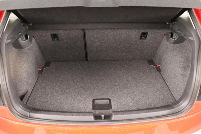 Volkswagen Polo 1.0 80CV EDITION PLUS Rouge occasion à Tourville-la-Rivière - photo n°11