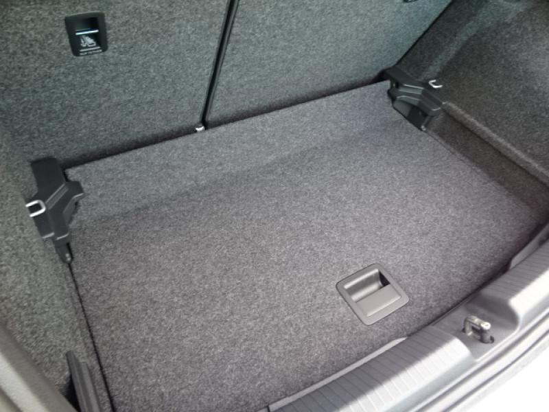 Volkswagen Polo 1.0 TSI 95CH LOUNGE + OPTIONS Gris occasion à Mérignac - photo n°9