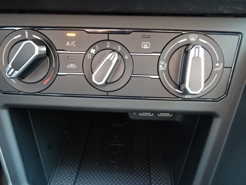 Volkswagen Polo 1.0 TSI 95CH LOUNGE + OPTIONS Gris occasion à Mérignac - photo n°16