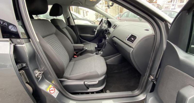 Volkswagen Polo 1.2 70 Trendline BVM 5 Gris occasion à Paris - photo n°6