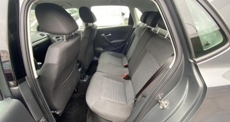 Volkswagen Polo 1.2 70 Trendline BVM 5 Gris occasion à Paris - photo n°4