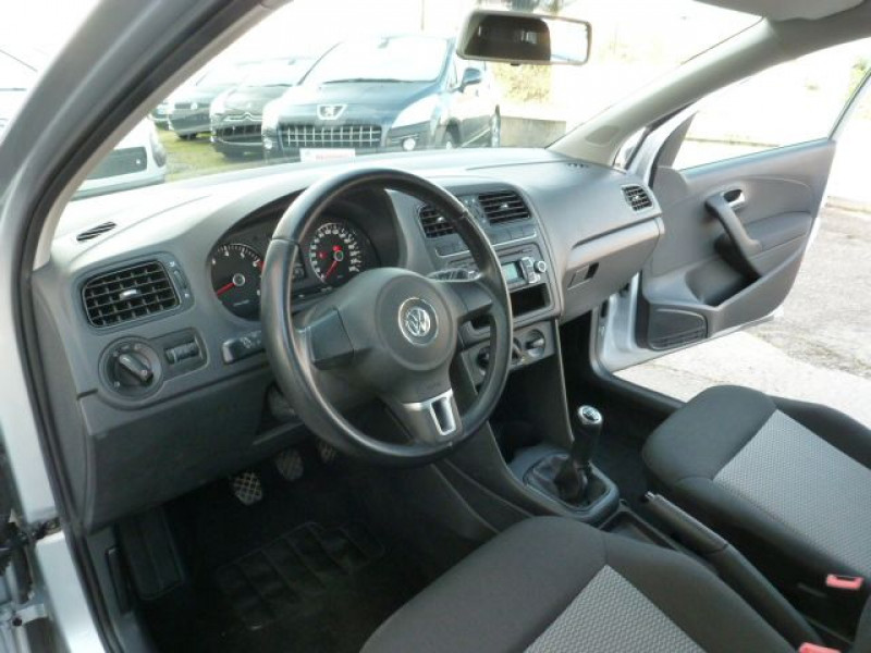 Volkswagen Polo 1.2 TSI 90CH BLUEMOTION TECHNOLOGY CONFORTLINE 5P Gris occasion à TOULOUSE - photo n°6