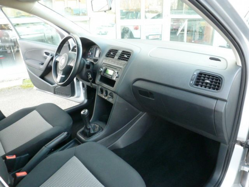 Volkswagen Polo 1.2 TSI 90CH BLUEMOTION TECHNOLOGY CONFORTLINE 5P Gris occasion à TOULOUSE - photo n°5