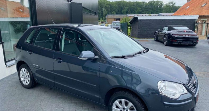 Volkswagen Polo 1.4i 16v Automaat Tiptronic AIrco 75000km 1 eig Gris occasion à Kampenhout - photo n°3