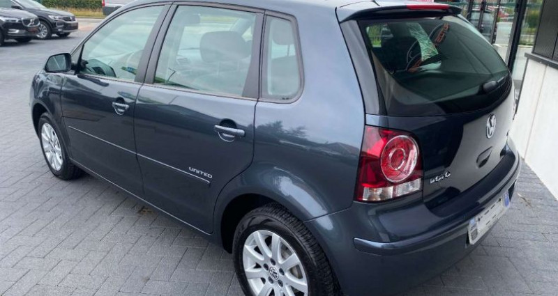 Volkswagen Polo 1.4i 16v Automaat Tiptronic AIrco 75000km 1 eig Gris occasion à Kampenhout - photo n°5