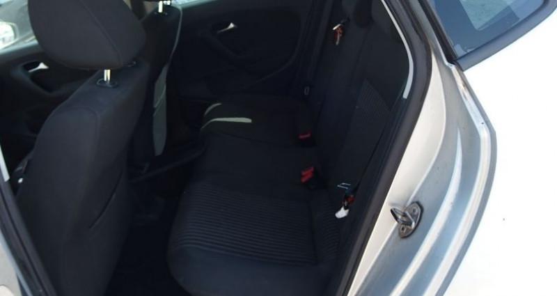 Volkswagen Polo 1.6 TDI 90CH BLUEMOTION TECHNOLOGY FAP CONFORTLINE 5P Gris occasion à FONTAINE LES GRES - photo n°4