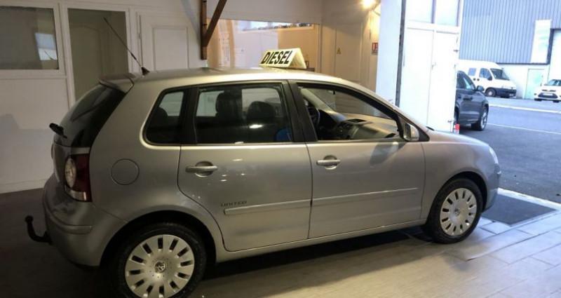 Volkswagen Polo IV 1.4 TDI 70 United 5 Portes Gris occasion à Nanteuil Les Meaux - photo n°3