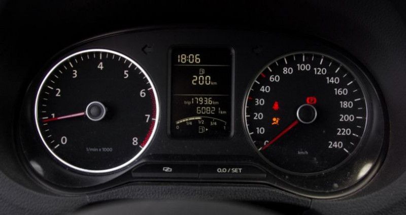 Volkswagen Polo V 1.2 60 MATCH Noir occasion à Chambourcy - photo n°6