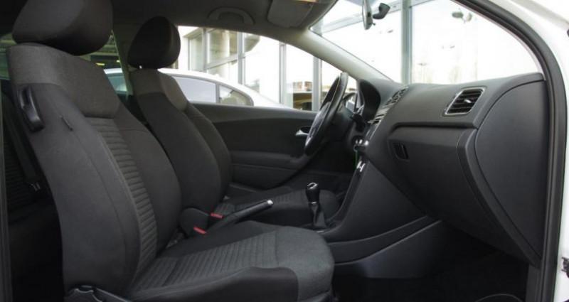 Volkswagen Polo V 1.2 TDI 75 FAP MATCH II 3P Blanc occasion à Chambourcy - photo n°3