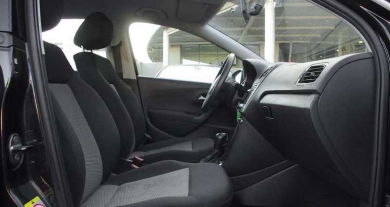 Volkswagen Polo V 1.6 TDI 90 CR FAP TRENDLINE DSG7 5P Noir occasion à Chambourcy - photo n°3