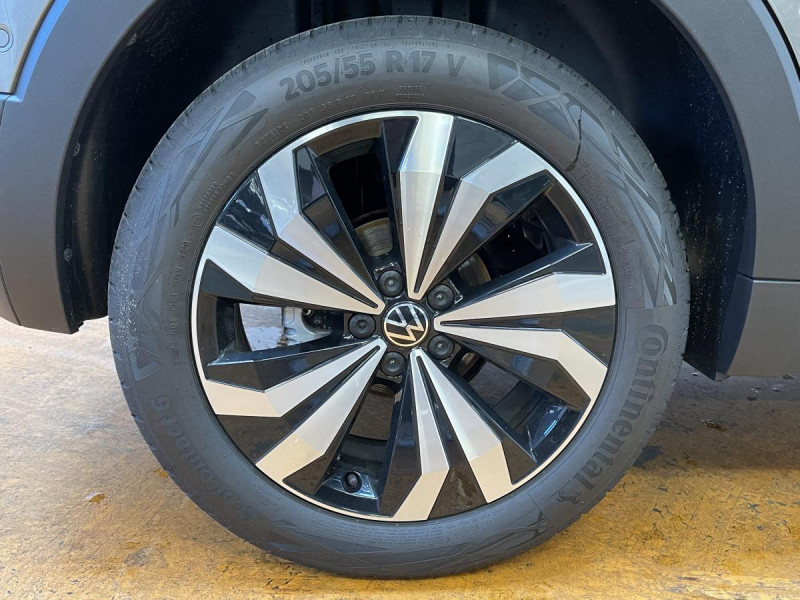 Volkswagen T-cross 1.0 TSI  110 CH DSG 7  Lounge + OPTIONS Gris occasion à Labège - photo n°13