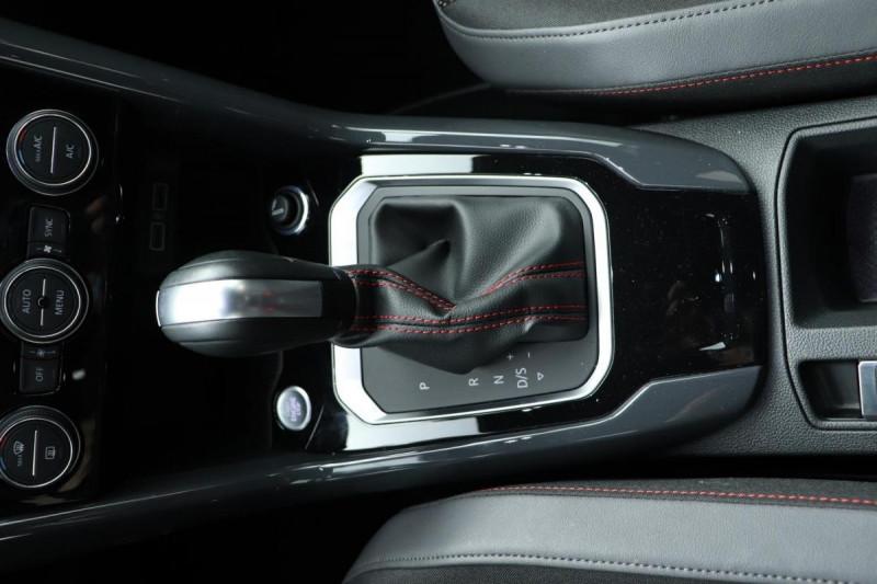 Volkswagen T-Roc 2.0 TDI 150 Start/Stop DSG7 R-Line Gris occasion à Osny - photo n°11