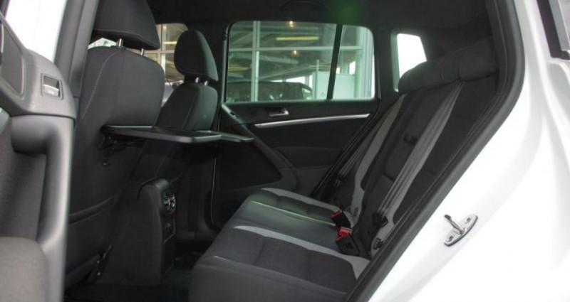 Volkswagen Tiguan (2) 1.4 TSI 160 BLUEMOTION TECHNOLOGY SPORTLINE PACK R-LINE Blanc occasion à Chambourcy - photo n°4