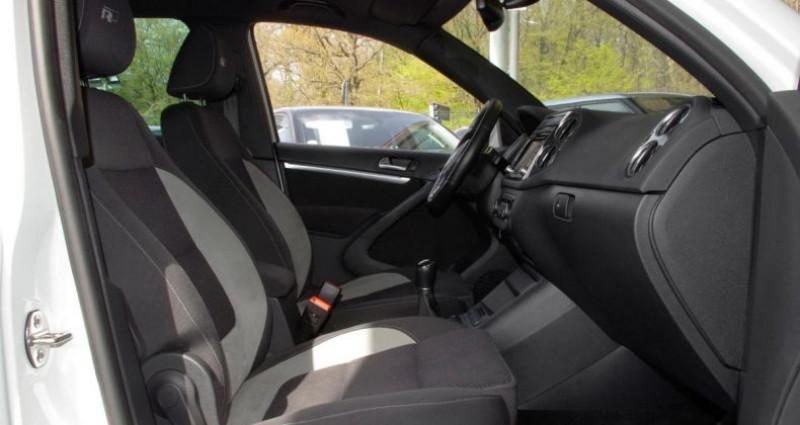 Volkswagen Tiguan (2) 1.4 TSI 160 BLUEMOTION TECHNOLOGY SPORTLINE PACK R-LINE Blanc occasion à Chambourcy - photo n°3