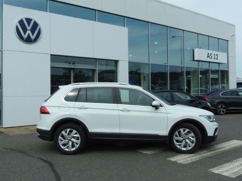 Volkswagen Tiguan 1.4 eHybrid 245ch Elegance DSG6 Blanc occasion à Onet-le-Château - photo n°6