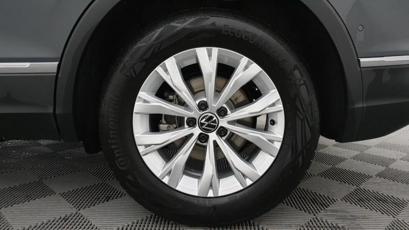 Volkswagen Tiguan 1.5 tsi 150cv dsg7 life + navi + camera de recul + park assi Gris occasion à Ganges - photo n°8