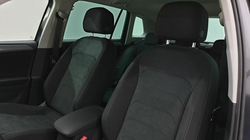 Volkswagen Tiguan 1.5 tsi 150cv dsg7 life + navi + camera de recul + park assi Gris occasion à Riorges - photo n°11