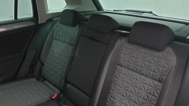 Volkswagen Tiguan 1.5 tsi 150cv evo dsg7 life + camera de recul + pack keyless Noir occasion à Ganges - photo n°9